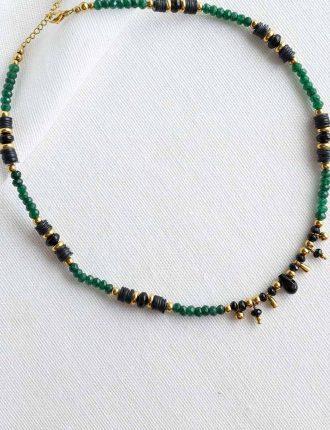 collier alya en acier inoxydable or jade verte agathe noire et coquillage sika bijoux